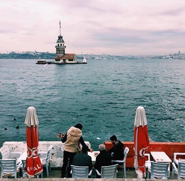 برج البنت في اسطنبول