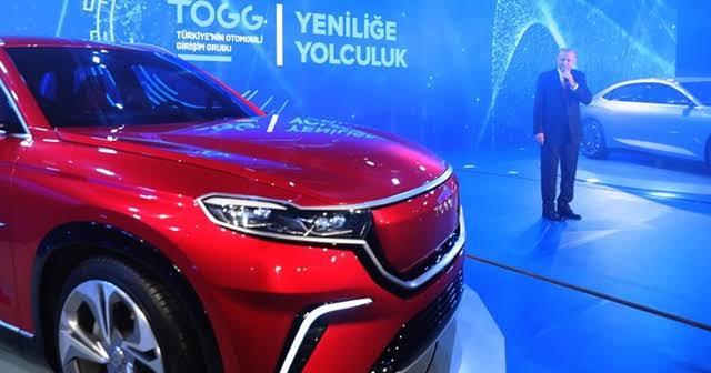 بحضور الرئيس أردوغان عرض أول نموذجين للسيارة التركية الجديدة