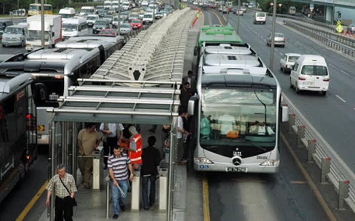 المواصلات العامة في اسطنبول