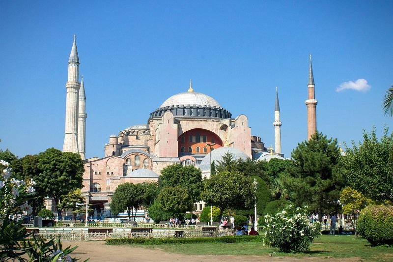 """مجلس الدولة التركي يصدر قراره بشأن """"أيا صوفيا"""""""